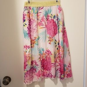Pleated long vibrant floral skirt sz.S